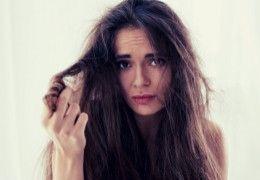 Jak stosować wcierkę do włosów? Poznaj sprawdzone sposoby na piękne i zdrowe włosy